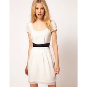 Size 2 ASOS white tulip dress with contrast bow